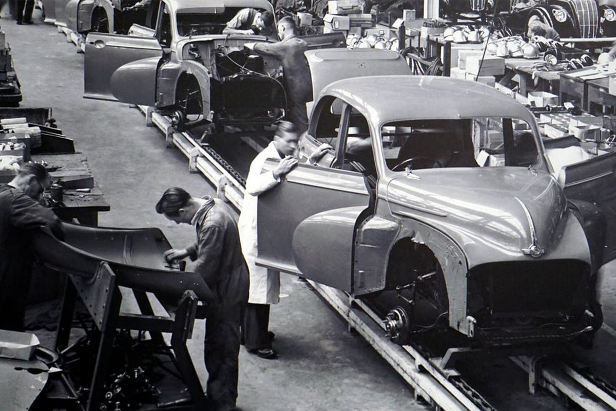 car-assembly-line-innovation