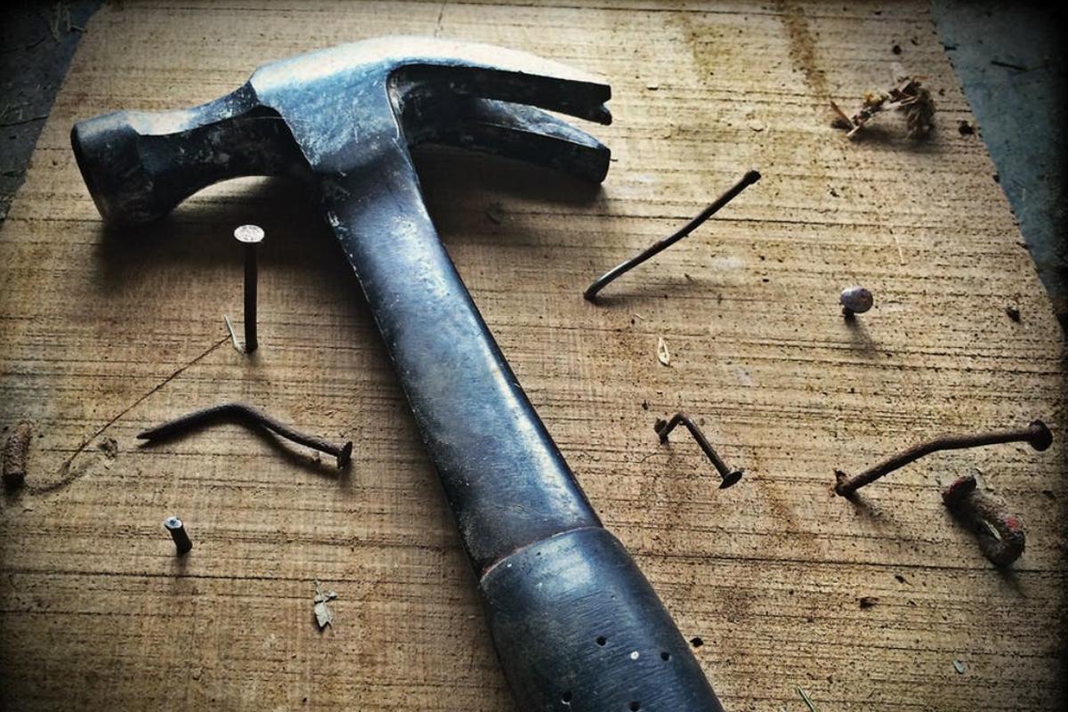 nail-hammer-hit